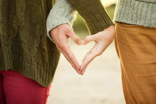 Two-Third of Romantic Couples Started Off as Platonic Friends